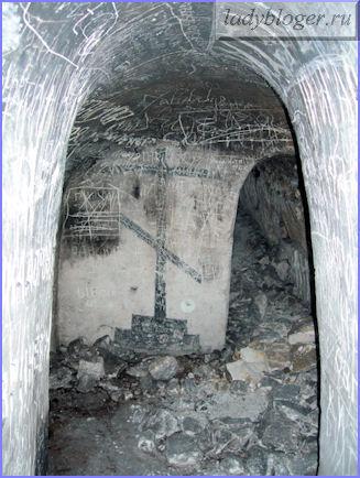 Крест подземной часовни